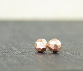  Faceted copper studs. Tiny geo earrings in recycled metal.